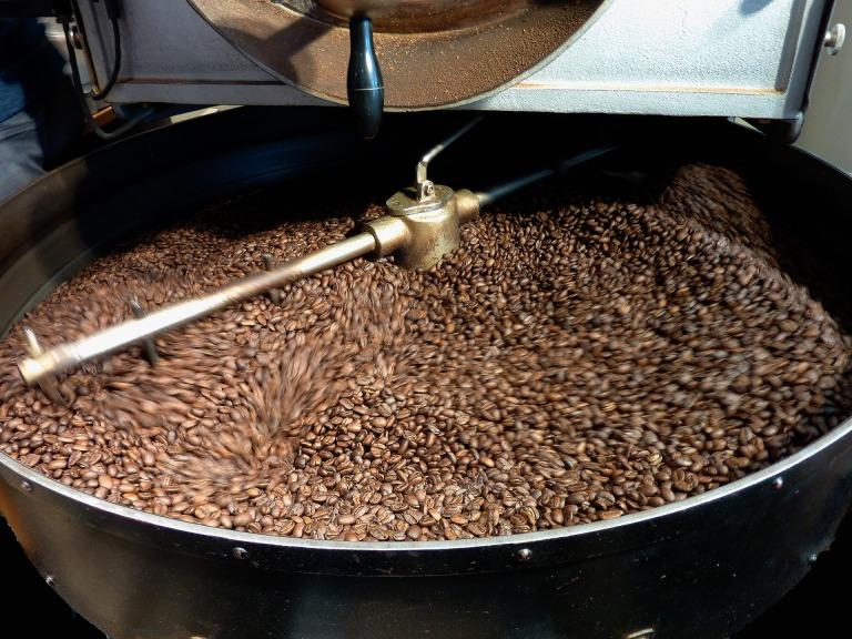 coffee-beans-1369780_1920