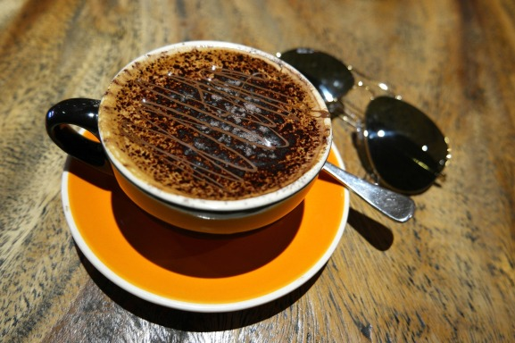 cup-of-coffee-1302571_1920