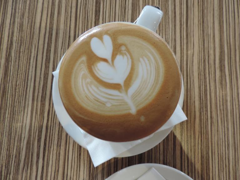 cafe-1594185_1920-1